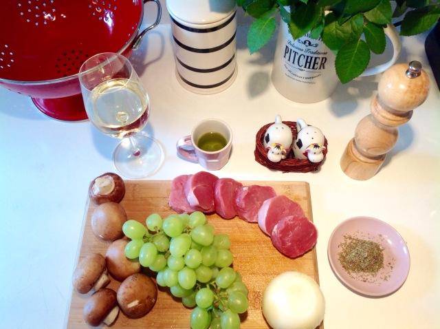 Effi drinks wine - pork medallions recipe